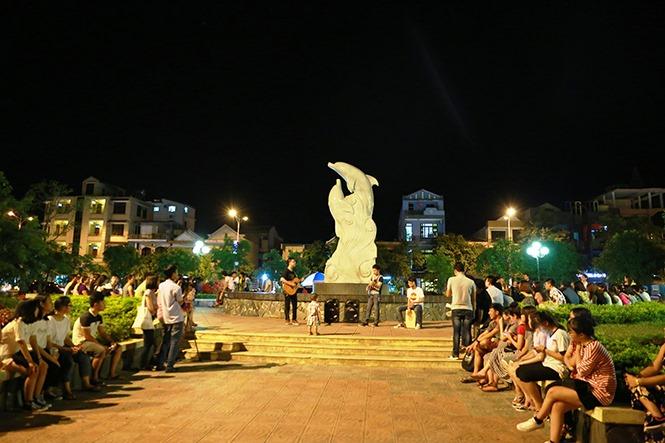 Bỏ túi phố ăn vặt gần công viên – phố đi bộ tại Đồng Hới Quảng Bình