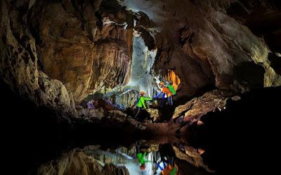 Hang Chà Lòi - Lệ Thủy Quảng Bình