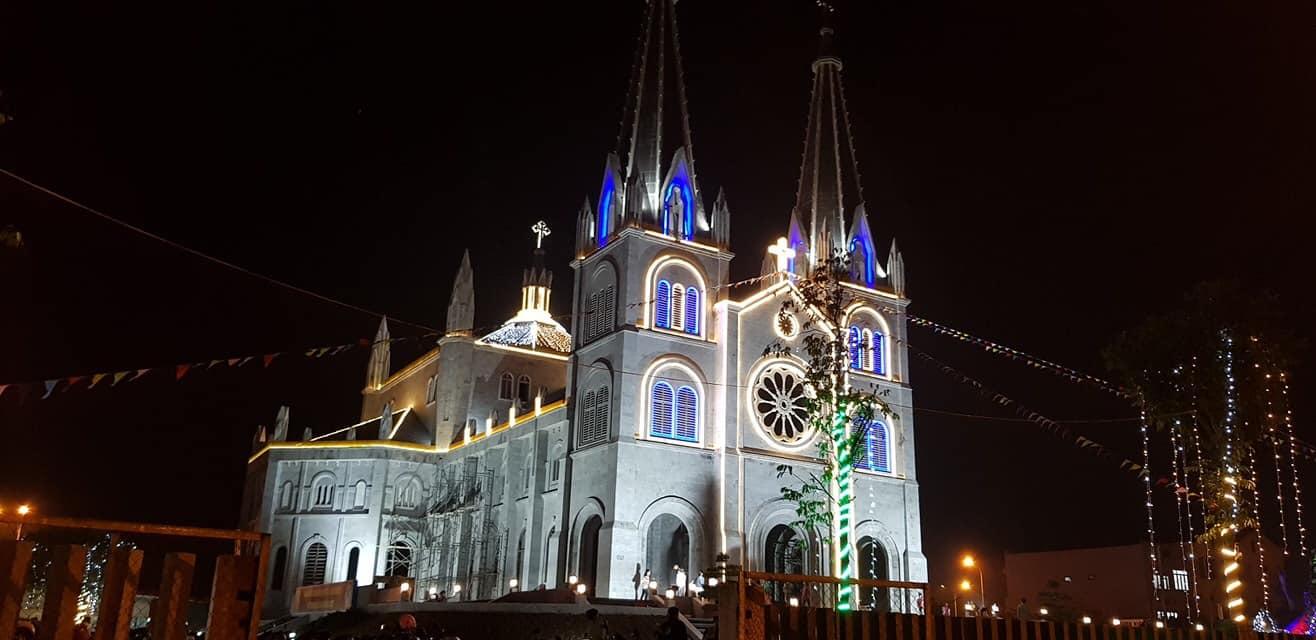 Nhà thờ tam tòa ở Đồng Hới