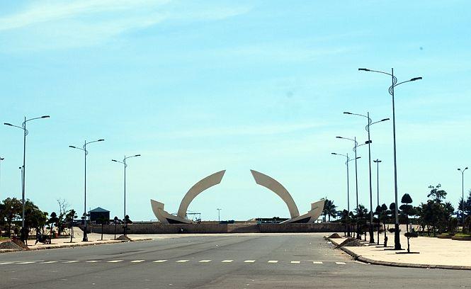 Quảng trường biển Bảo Ninh