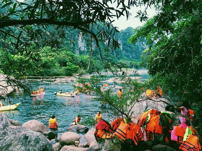 Suối nước Moọc - Phong Nha Cave