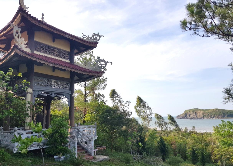 Vùng Chùa - Đảo Yến Điểm du lịch Tâm Linh tại Quảng Bình